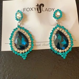 beautiful foxy lady earrings